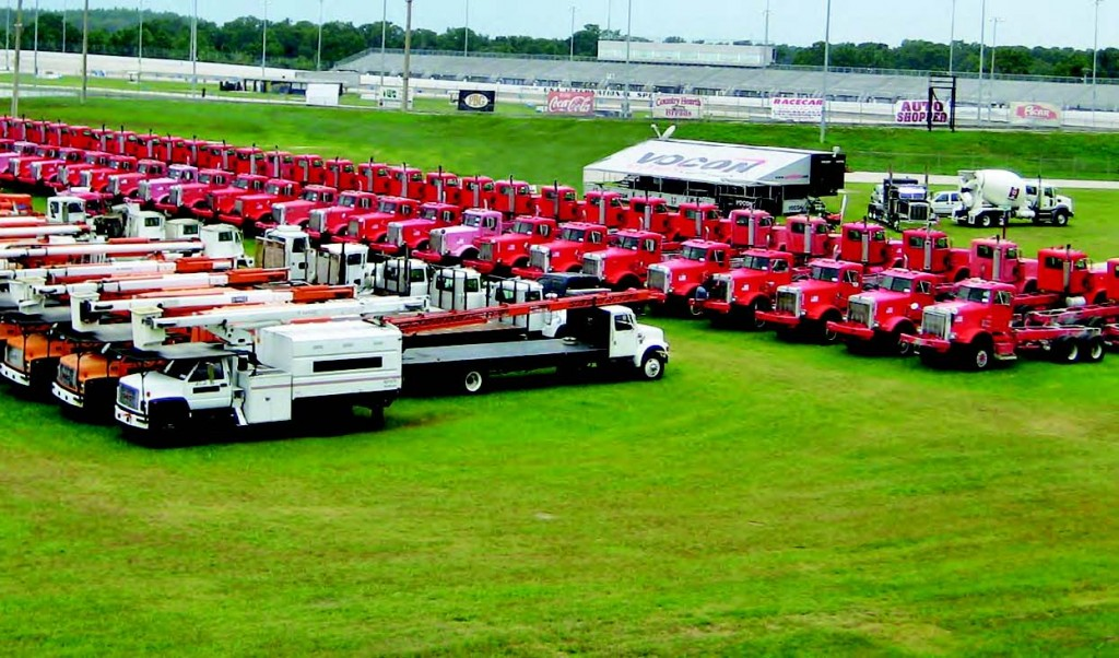 Auctions are one way to get rid of surplus equipment, such as light and heavy equipment, in an efficient manner.