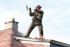 Be sure that RIT training is giving students a total package that includes making entry through different areas, searching for downed firefighters and removing them. (Mishella / Shutterstock.com)
