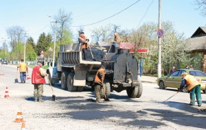As a new law came into effect in 2014 requiring motorists to move over or slow down for all road and roadside workers, the Ohio Department of Transportation assembled a statewide coalition of organizations to mount an aggressive public awareness campaign. (Shutterstock photo)