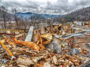 A motel complex lies in ruins after a major forest fire roared through Gatlinburg, Tenn., and a large section of the Smoky Mountains in late December 2016. (Carolyn Franks/Shutterstock.com)