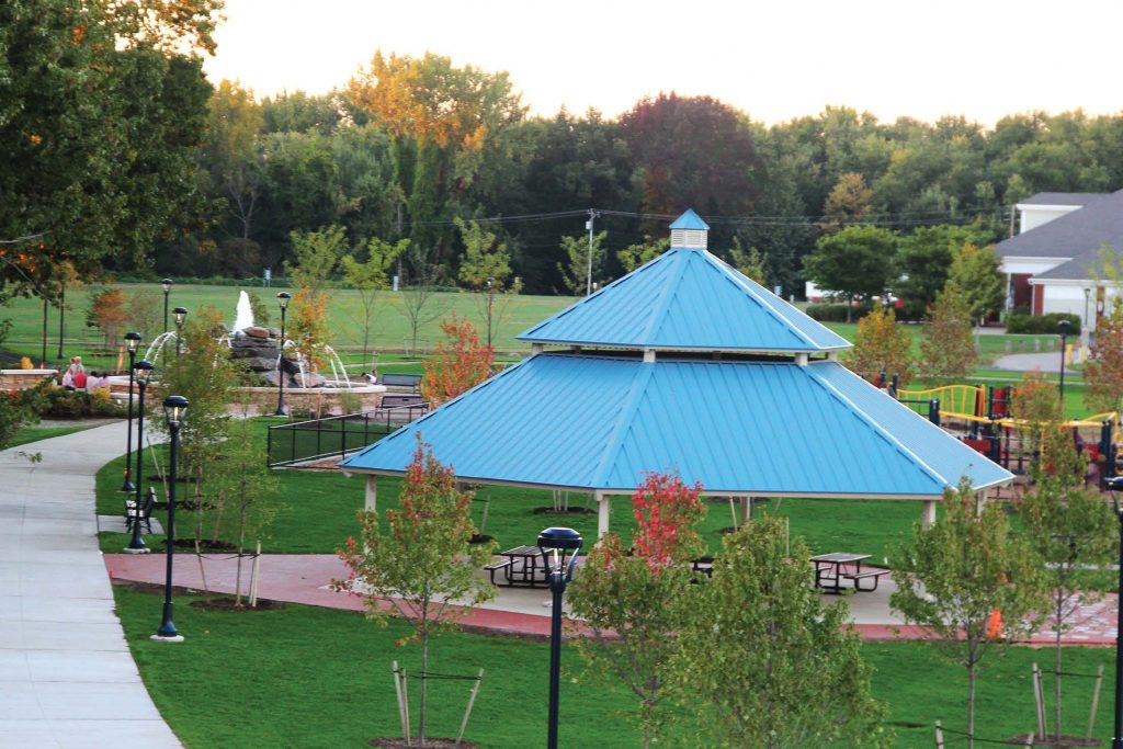 The town of Glastonbury wanted residents to be able to enjoy a wide variety of both passive and active recreational activities at Riverfront Park. This includes a public fountain, covered pavilion, playground, athletic fields and walking trails. (Photo provided by Glastonbury, Conn.)